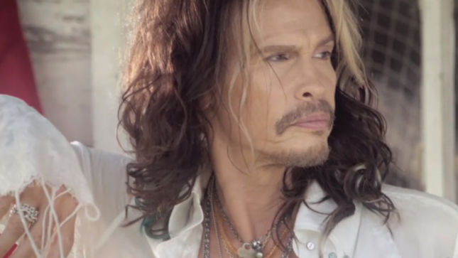 """Love Is Your Name"": Steven Tyler con videoclip de estreno"