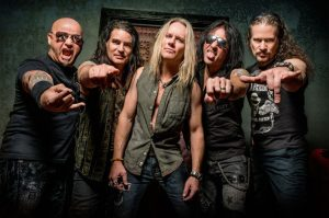 Warrant: escucha su nuevo single «I Think I'll Just Stay Here And Drink»