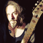 "Richie Kotzen: el videoclip de su nuevo single ""End Of Earth"""