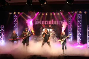 "Stormburst presentan el videoclip del single ""Say You Will"""
